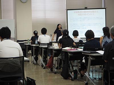 カウンセラー養成講座での品田先生